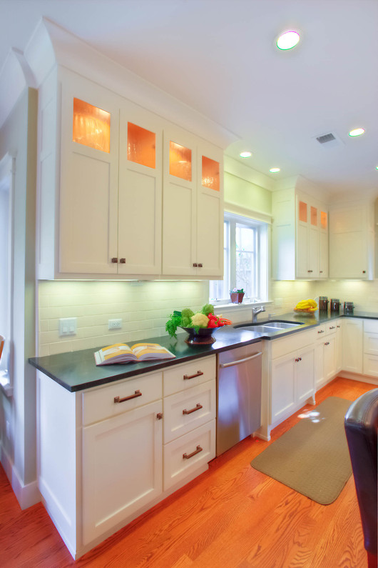Traditional - South - Kitchen - 4 - Afte