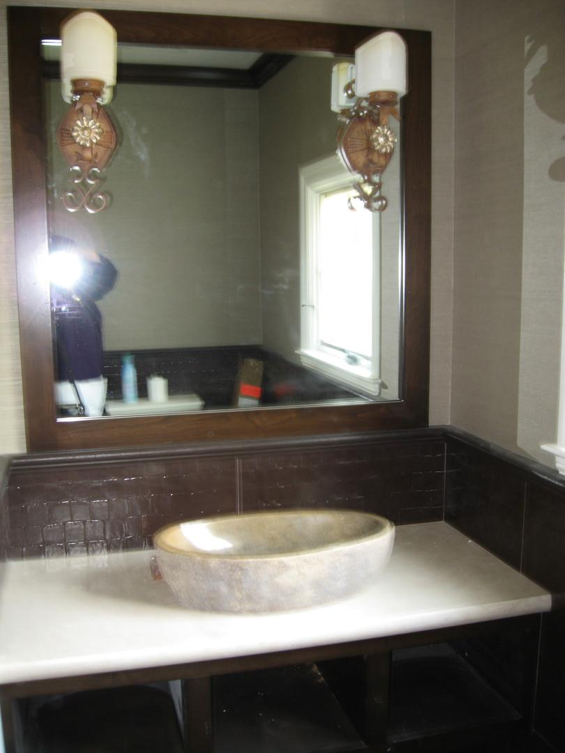 Traditional - Stratford - Powder Bath -