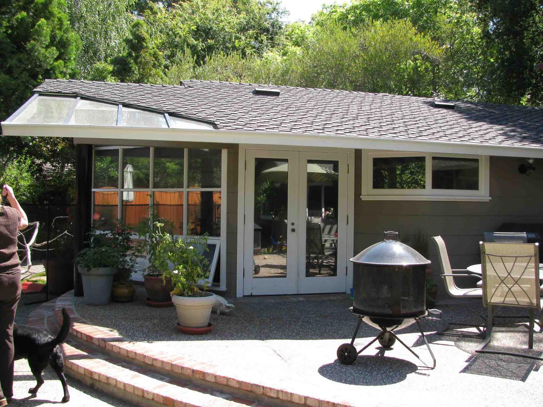Contemporary - Oak Knoll II - Backyard -
