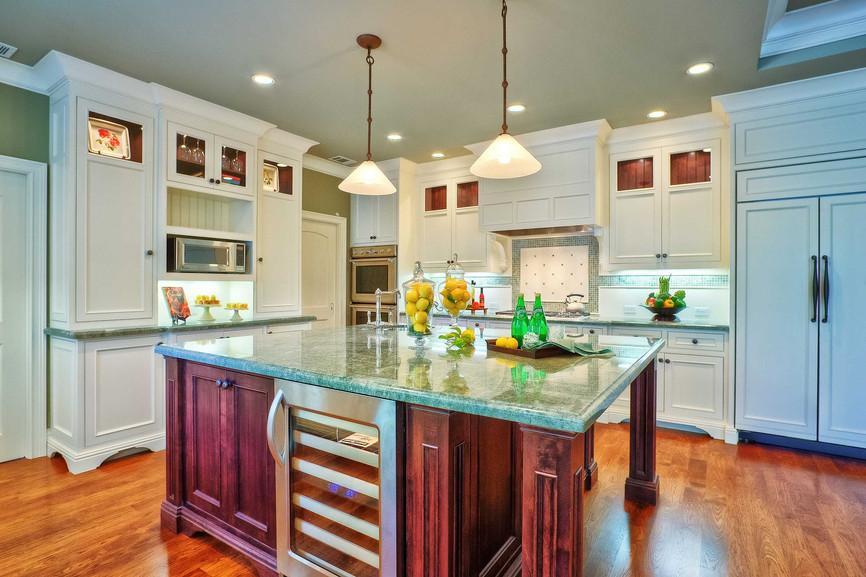Transitional - East Creek - Kitchen - 3