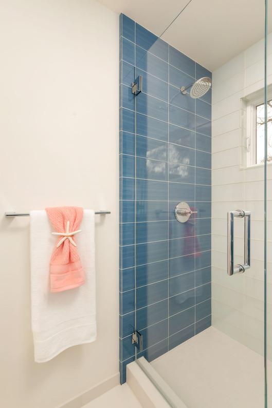 Contemporary - Oak Knoll - Bath - 1 - Af
