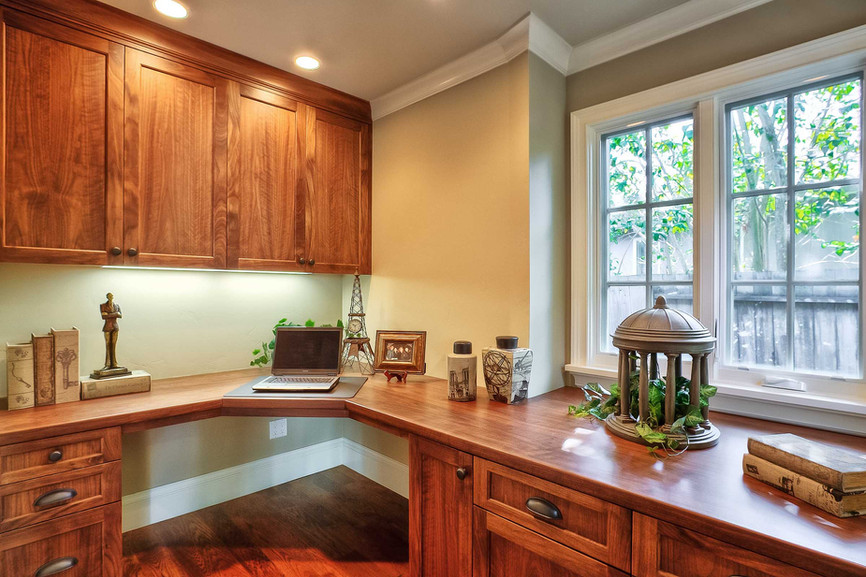 Transitional - East Creek - Office - 1 -