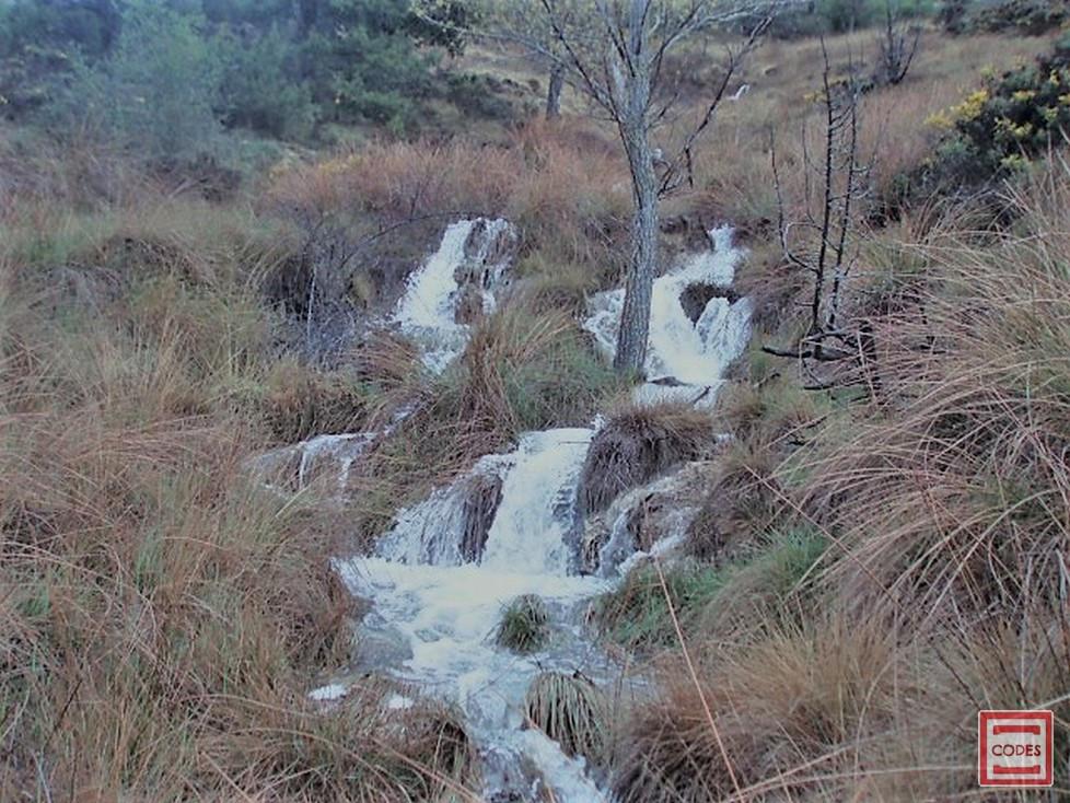 Bajada del agua del Balsón al Molino