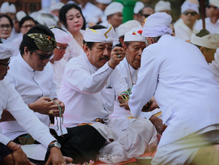 Pura Mandhara Giri Semeru Agung di Padati Umat Hindu Bali