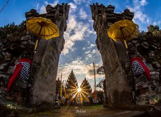 Pura Mandara Giri Semeru Agung merupakan Pura yg di tuakan di Indonesia oleh masyarakat Hindu.