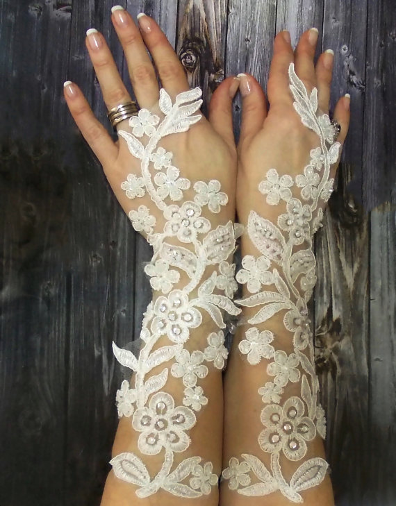 Lace Applique beaded gloves