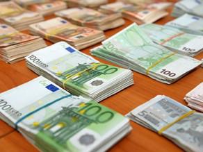 Банки Латвии зафиксировали массовый отток инвесторов