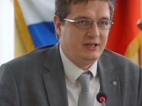 Член общественной палаты нахамил в прямом эфире