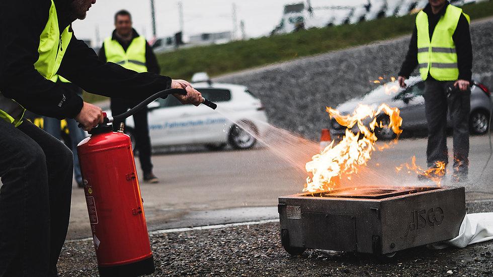 Brand - ein heisser Kurs - Theorie und Praxis (Kat. B)