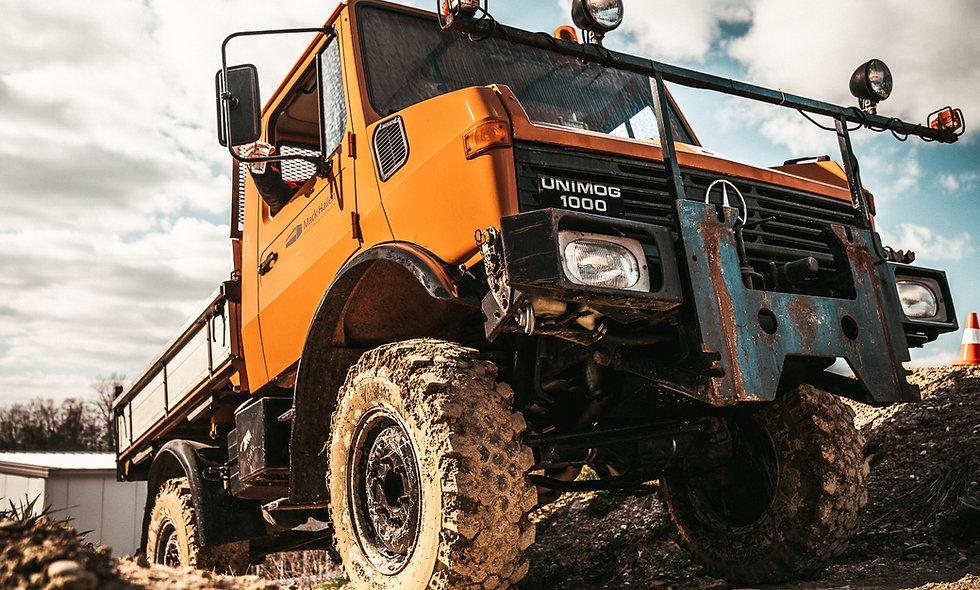 Fahren unter erschwerten Bedingungen - 4 x 4 Technik - Geländefahren