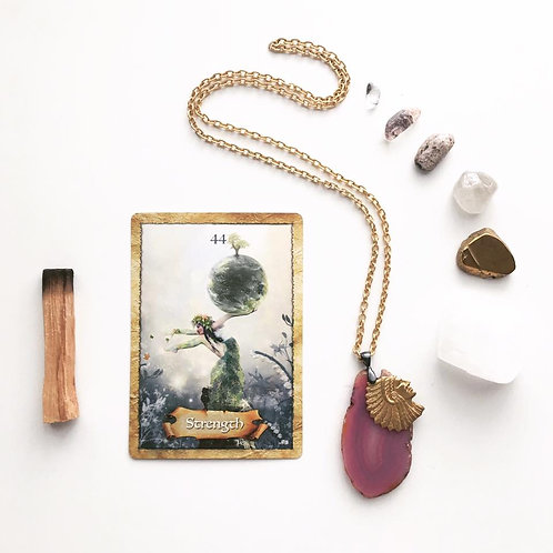 CARD + INTUITIVE READINGS