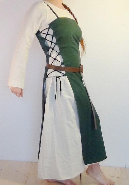 Zweiteiliges Magd-Kleid mit dunkelgrüner Schürze
