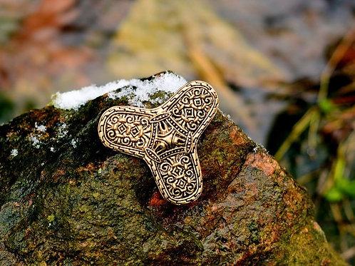 Kleeblattfibel Värnamo bronze