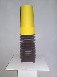 Kleine Stehlampe gelb