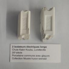 2 isolateurs électriques longs