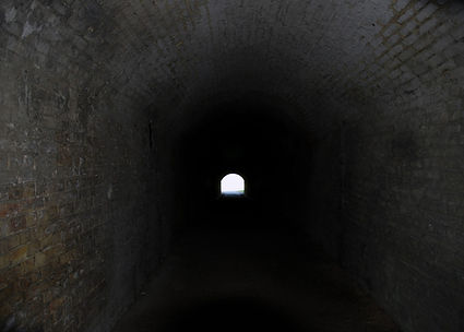 Light_at_the_end_of_the_tunnel_275102127