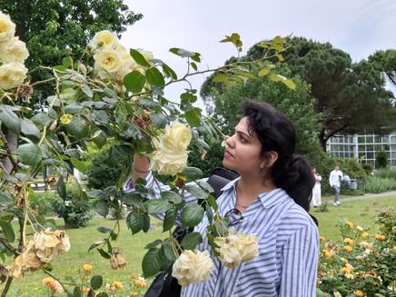 Megha Kapoor : Watercolour for Florals