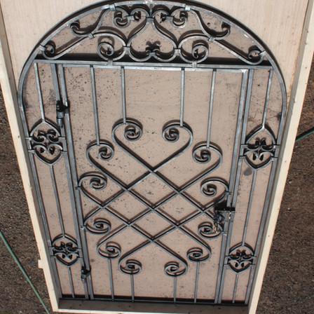 WINE CELLER DOOR