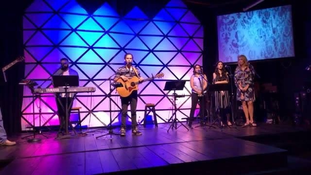 Pastor Sean LaGasse -Guest Worship Jamie Schimdt - Nov.19 2017