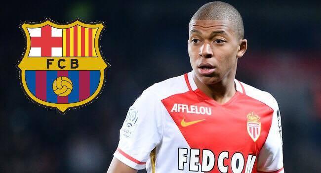 Mbappé: FC Barcelone double le Réal pour 220M€.