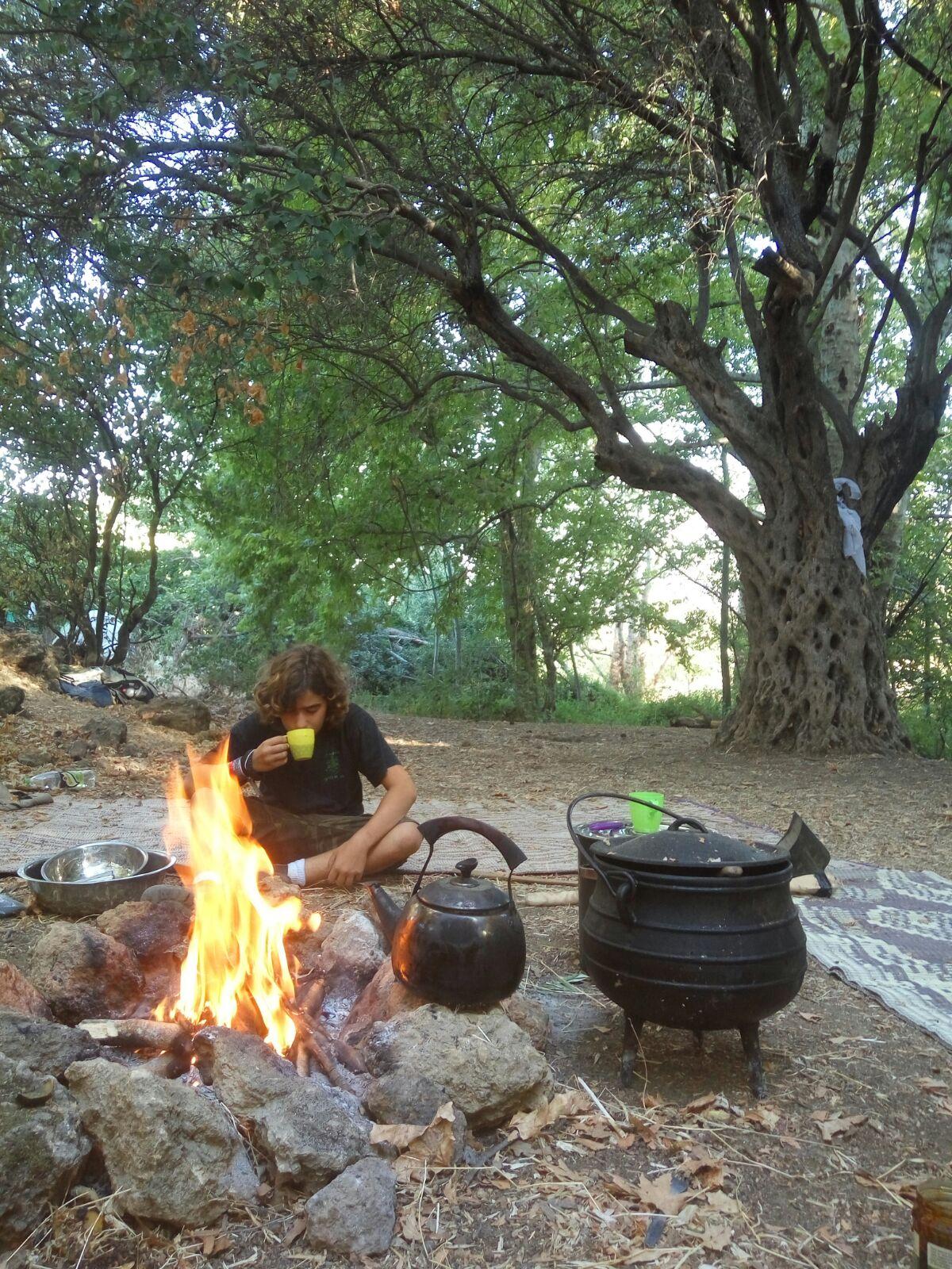 מחנה נוער בגולן, חמישה ימים בבר