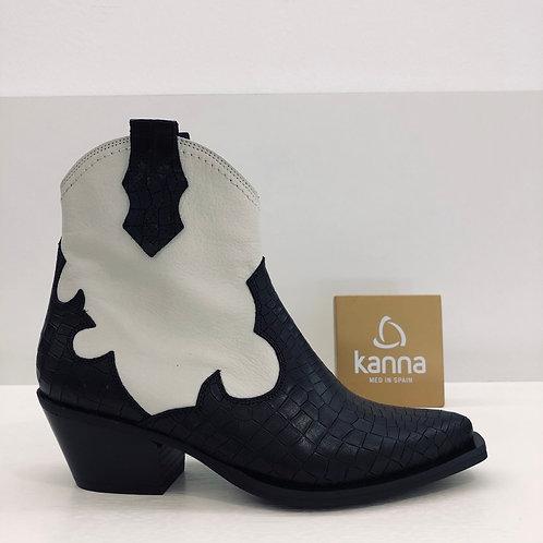 Kanna - Boots