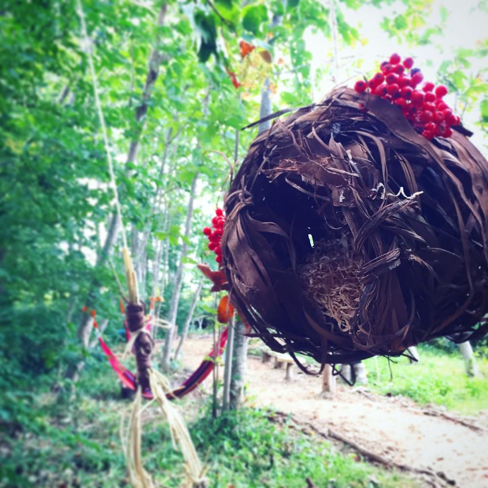 手作りの鳥の巣