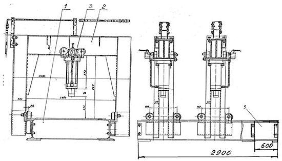 Пресс для правки крышек люков полувагонов с двумя порталам