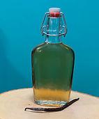 vanilla syrup.jpg