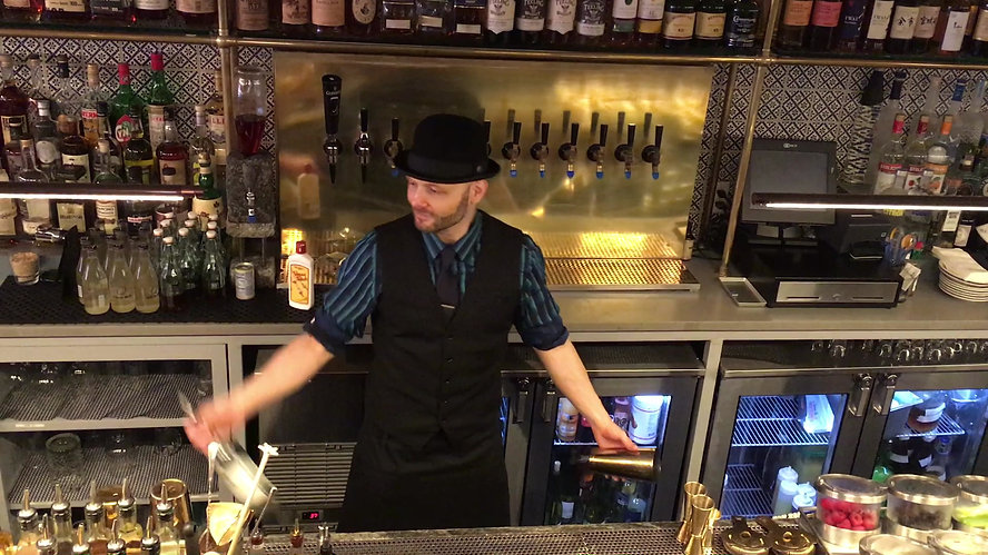 Francesco Dionese flair bartending