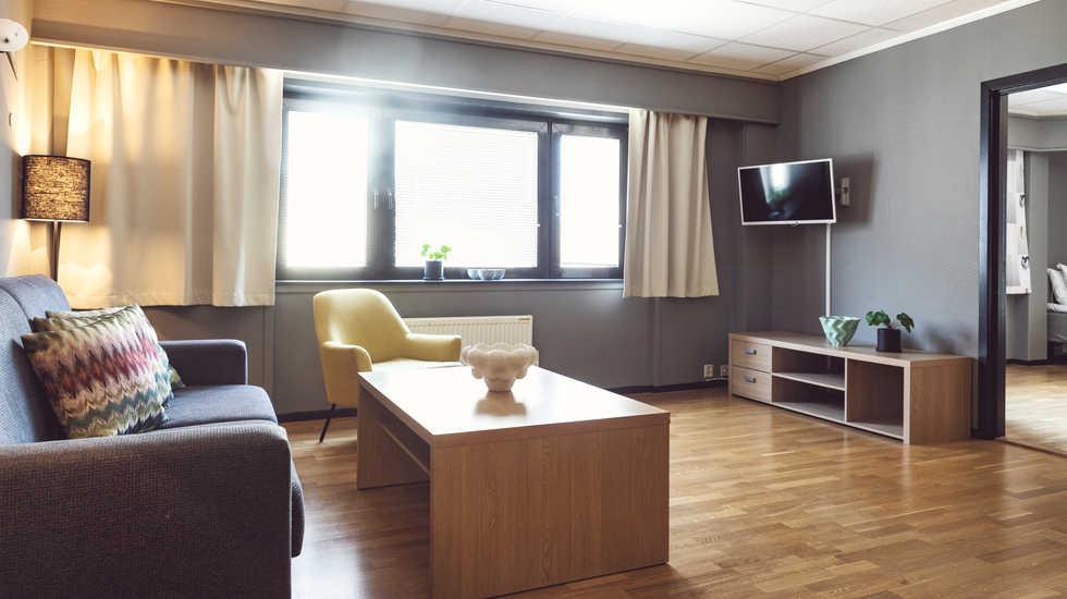 sure_hotel_010.jpg