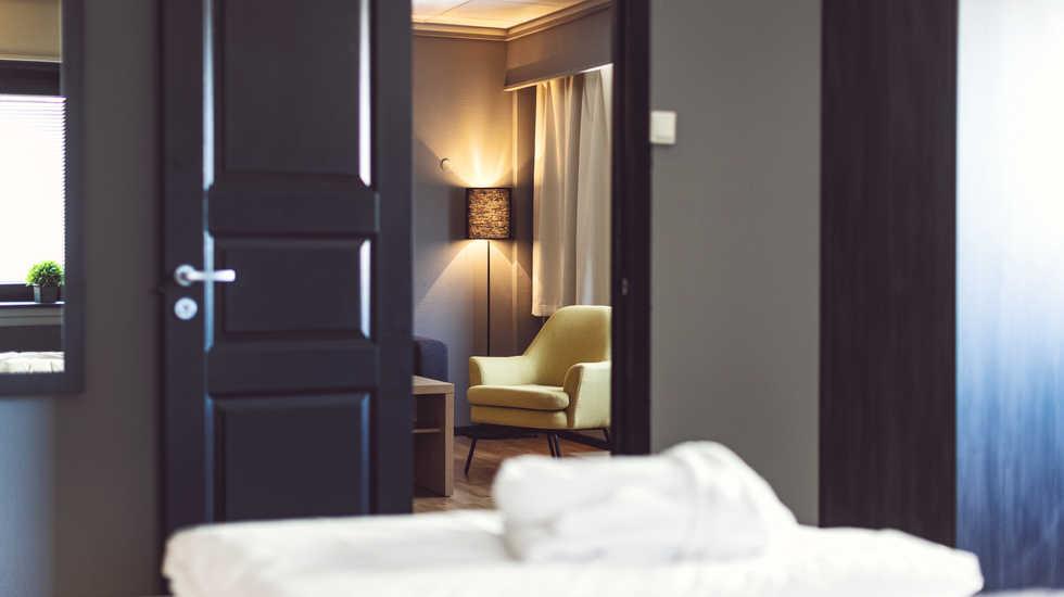 sure_hotel_008.jpg