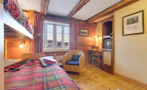 Brygge - 2etg - Hotellrom_2_Rom_2.jpg