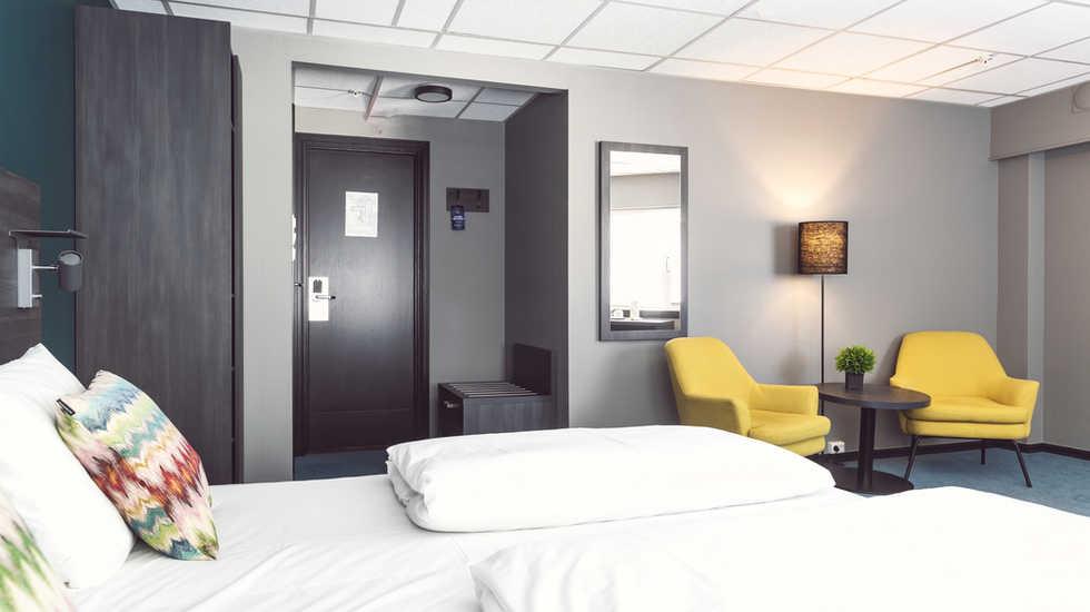 sure_hotel_018.jpg