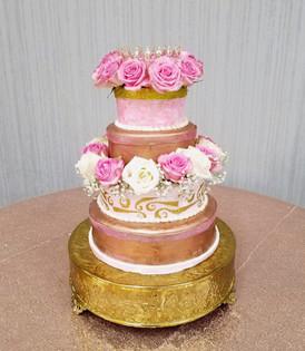 Quinceañera Cake.jpg