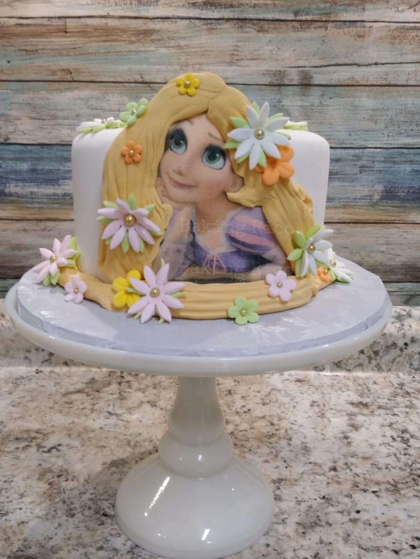 Tangle birthday Cake