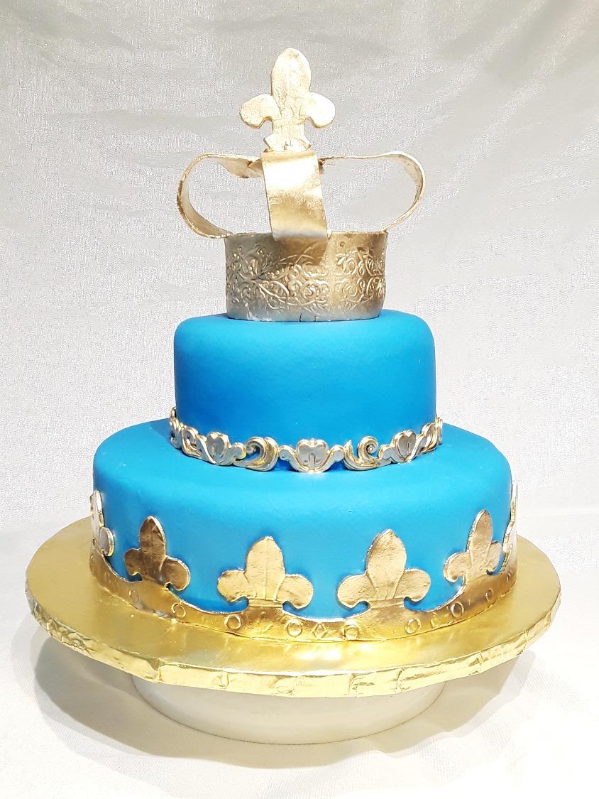Golden King Crown Cake