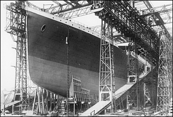 LP-TitanicUnderConstruction.png