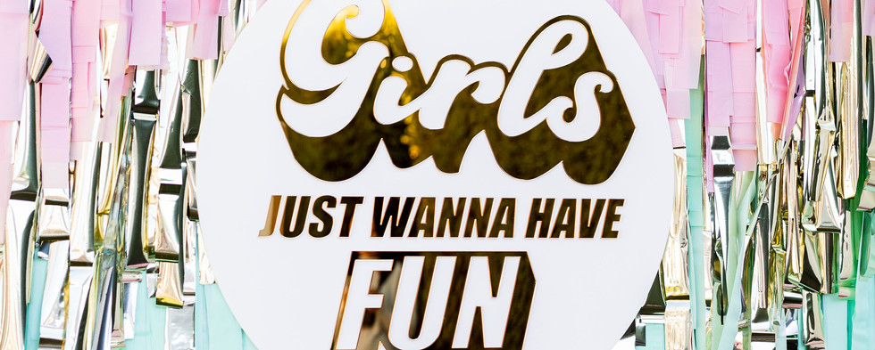 Hen's Party Sign