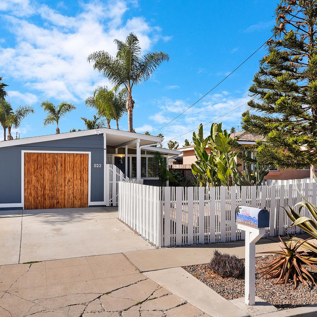 523 Garfield St Oceanside CA-large-001-0