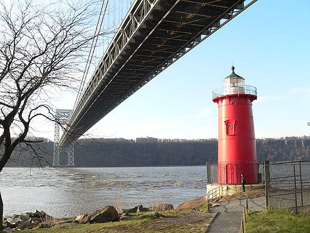 GWB_and_Little_Red_Lighthouse_Xmas110013