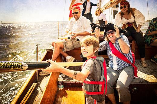 Gitana Pirate Sail