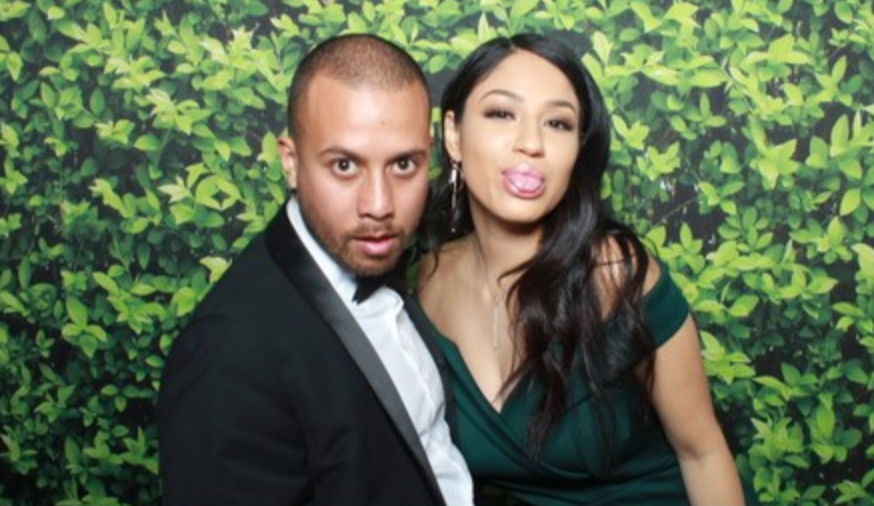 A photo taken by Candid Snaps in a photo booth at a wedding