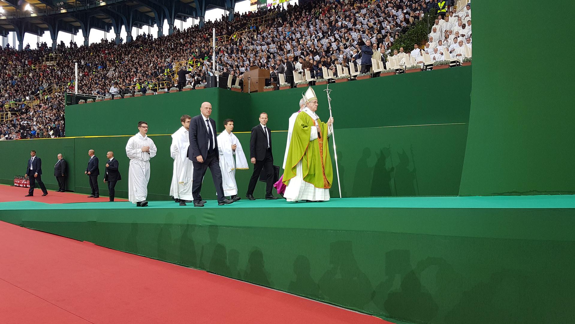 Papa Francesco  a Bologna 30/09/2017
