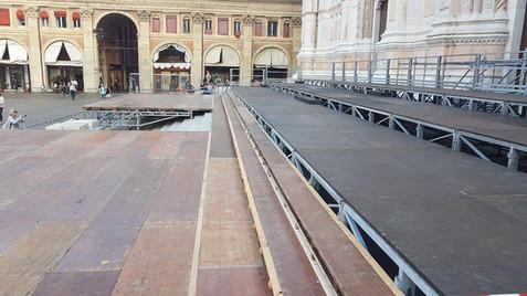palco su misura sul Sagrato San Petronio