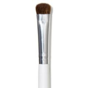 e.l.f eyeshadow brush
