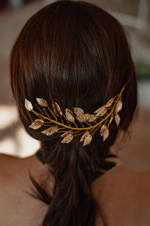 Rose Gold Leaf wire hair embellishment.