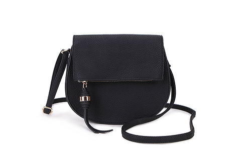 Classic Crossbody bag in soft faux leather in Black.