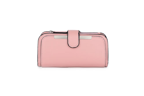 Classic versatile Purse / Wallet in Faux leather in Pink.
