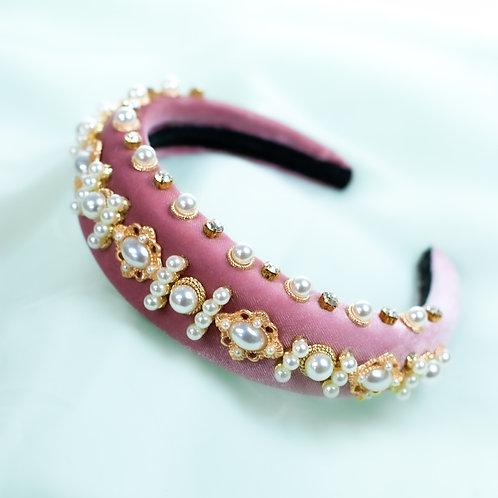 Regal style padded headband. Pink.